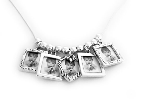 Picture Frame Charm Necklace with 5 Photo Frame Charms
