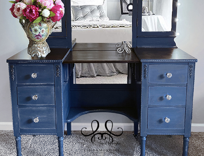 Antique Blue Vanity with Makeup Lights